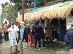Cuaca Dingin dan Gerimis Sambut Obama di Terasiring Tabanan