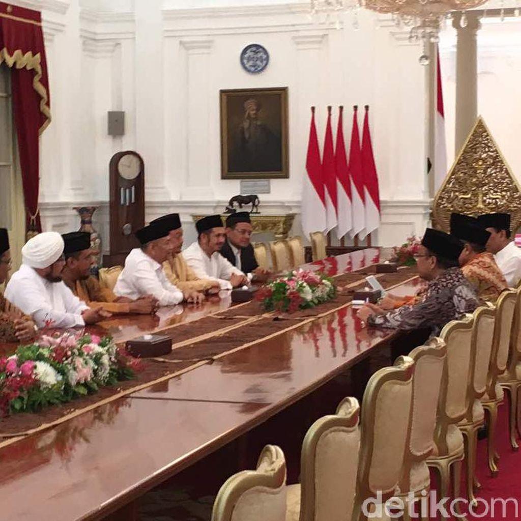 Panas-Dingin Hubungan GNPF-Jokowi, dari 411 Hingga Idul Fitri