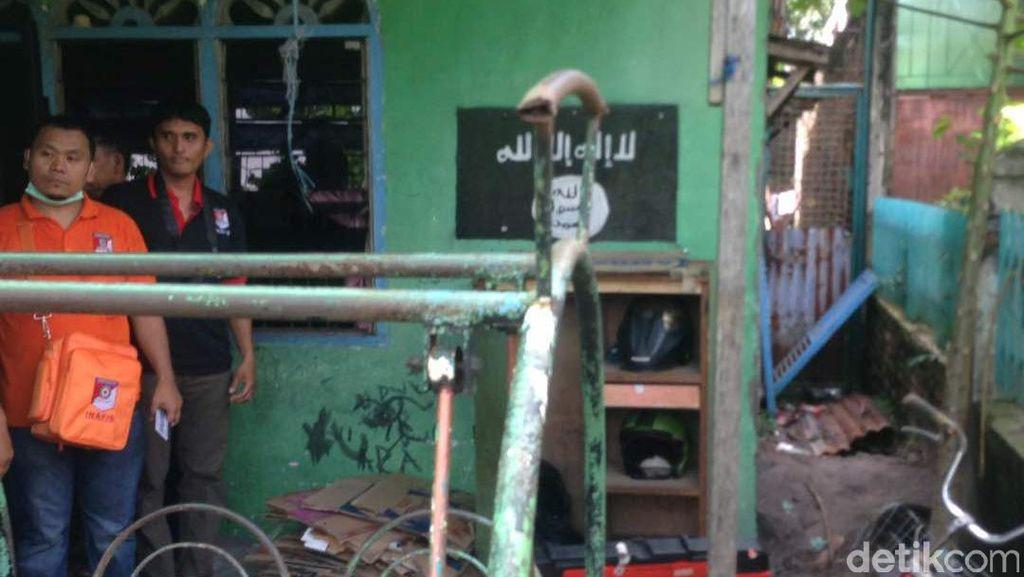 Ada Lambang ISIS di Dinding Rumah Pelaku Teror Polda Sumut