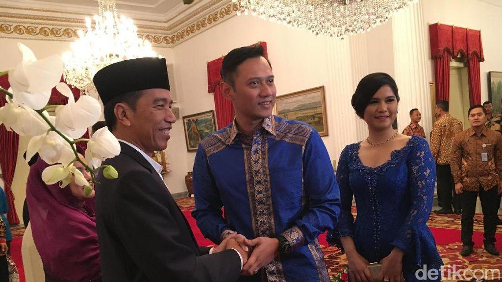 Silaturahmi ke Jokowi, Annisa Pohan Cantik dengan Kebaya Biru