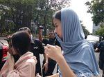 Lebaran di Tahanan, Istri Gubernur Bengkulu nonaktif Dijenguk Anak