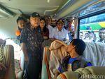 Menhub dan Menteri PUPR Cek Arus Mudik di Terminal Kampung Rambutan