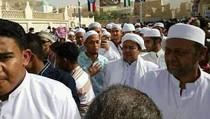 Momen Lebaran Habib Rizieq di Yaman, Temui Guru dan Cucu