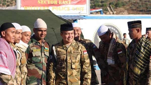Saat Prajurit TNI di Lebanon Rayakan Lebaran Bersama Saddam Hussain