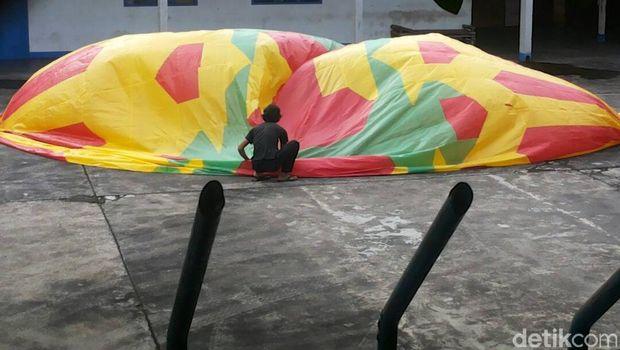 Permalink to Polisi Cegah Pelepasan 3 Balon Udara yang Bahayakan Penerbangan