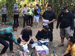 Tim Anti Bandit Gerebek Arena Sabung Ayam di Cirebon