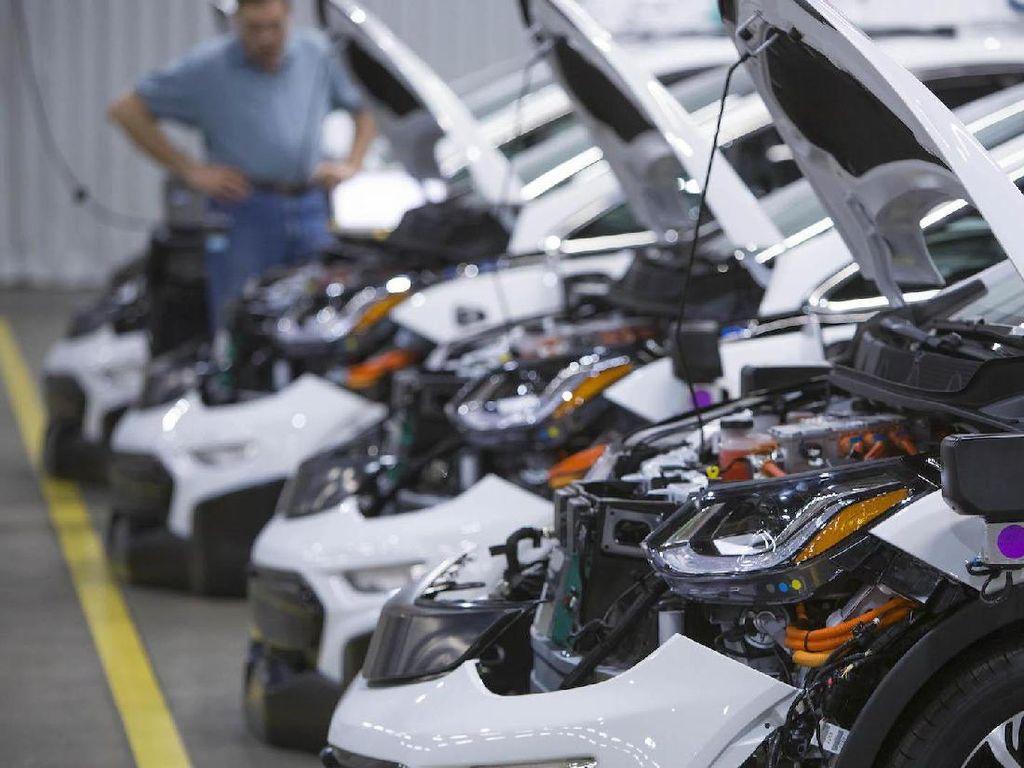 Chevrolet Mulai Produksi Mobil Otonom Bolt Listrik
