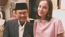 Ulang Tahun ke-81, BJ Habibie Dapat Kado dari Chelsea Islan