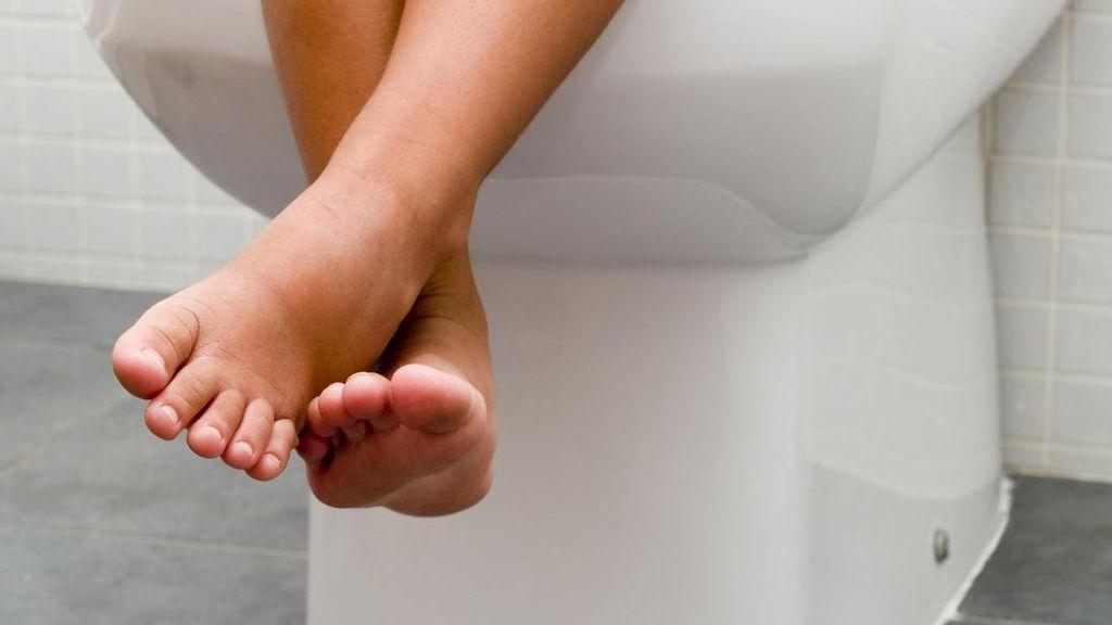 Bunda Perlu Tahu Nih, Tanda-tanda Anak Siap Toilet Training