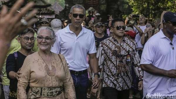 Akan Berlibur Ke Yogyakarta, Obama dan Keluarga Bertolak ke Bandara