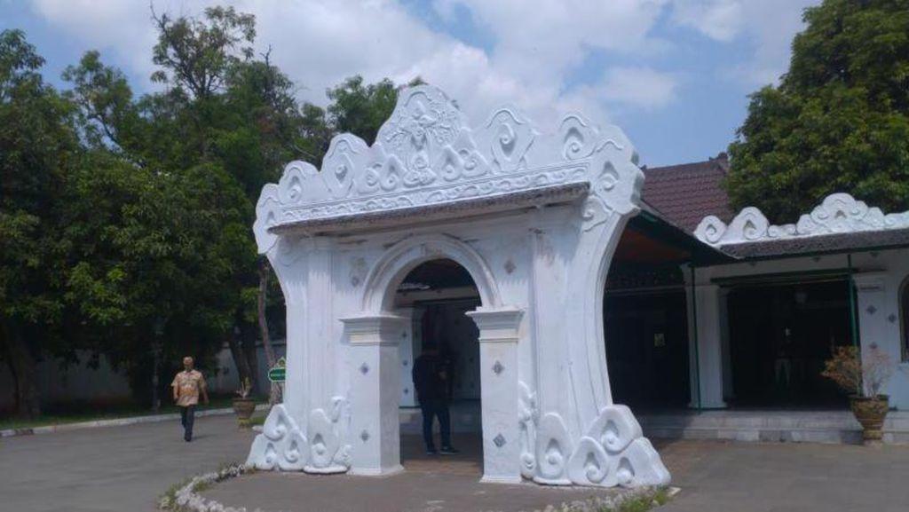 Pulang Kampung ke Cirebon, Yuk Liburan ke Keraton Kasepuhan