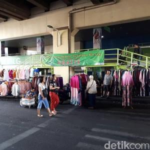 H+1 Lebaran, Begini Suasana di Pasar Tanah Abang