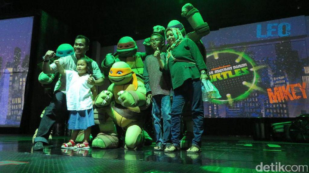 Saat Kura-Kura Ninja Ajak Anak-anak Menari dan Bela Diri di Ancol