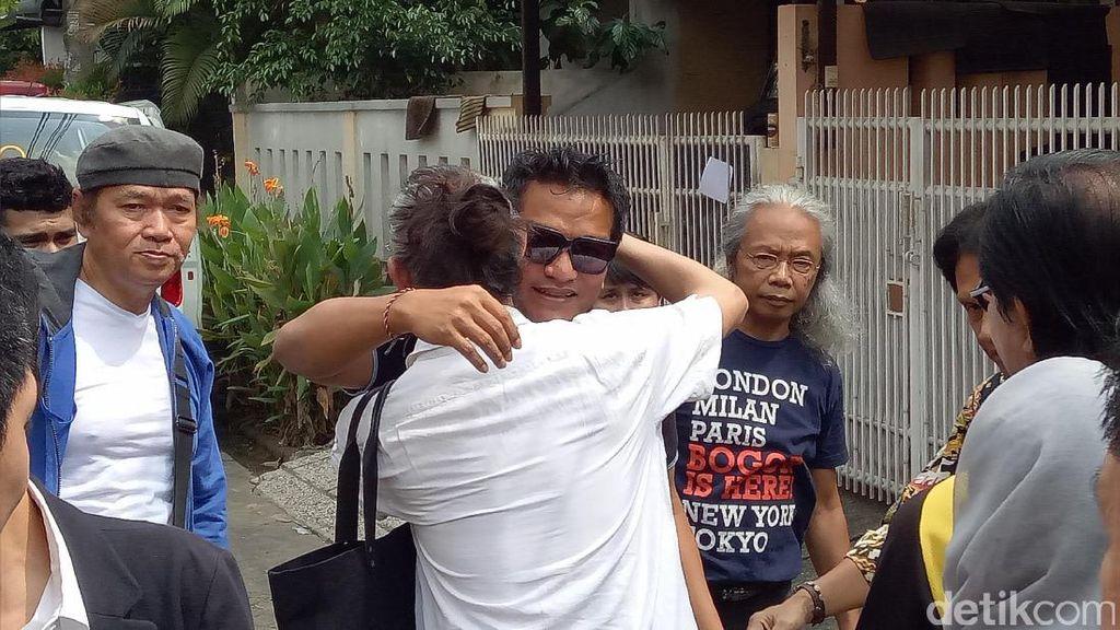 Ibunda Meninggal Dunia, Indra Lesmana Langsung Bertolak dari Bali