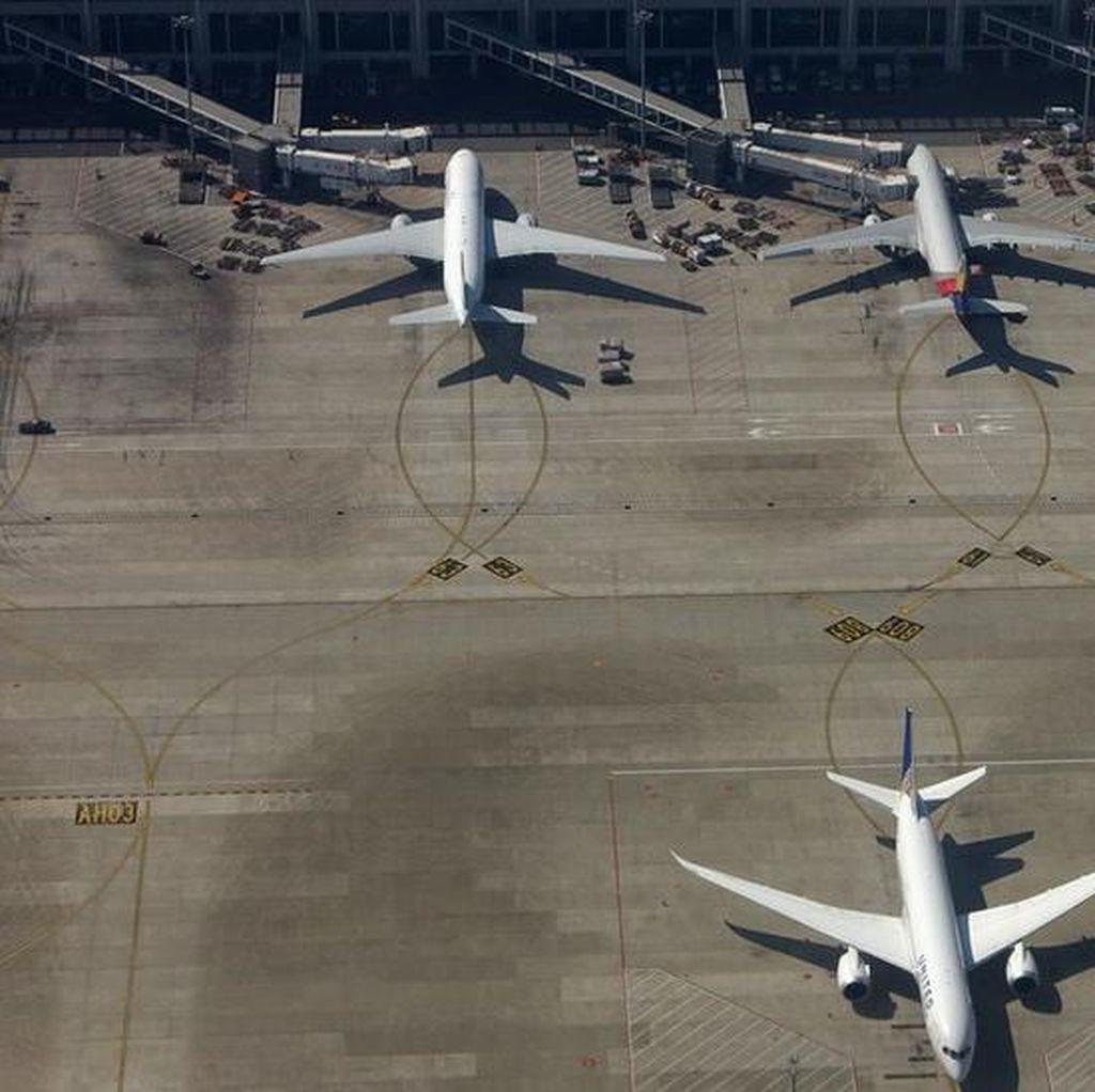 Penerbangan di China Ditunda Setelah Nenek Lempar Koin ke Pesawat