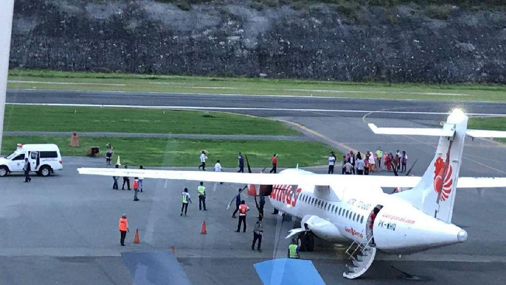 Kronologi Ambulans Nyelonong ke Apron Bandara Luwuk