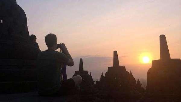 Borobudur yang Jadi Magnet Obama, Chaplin hingga Bos Facebook