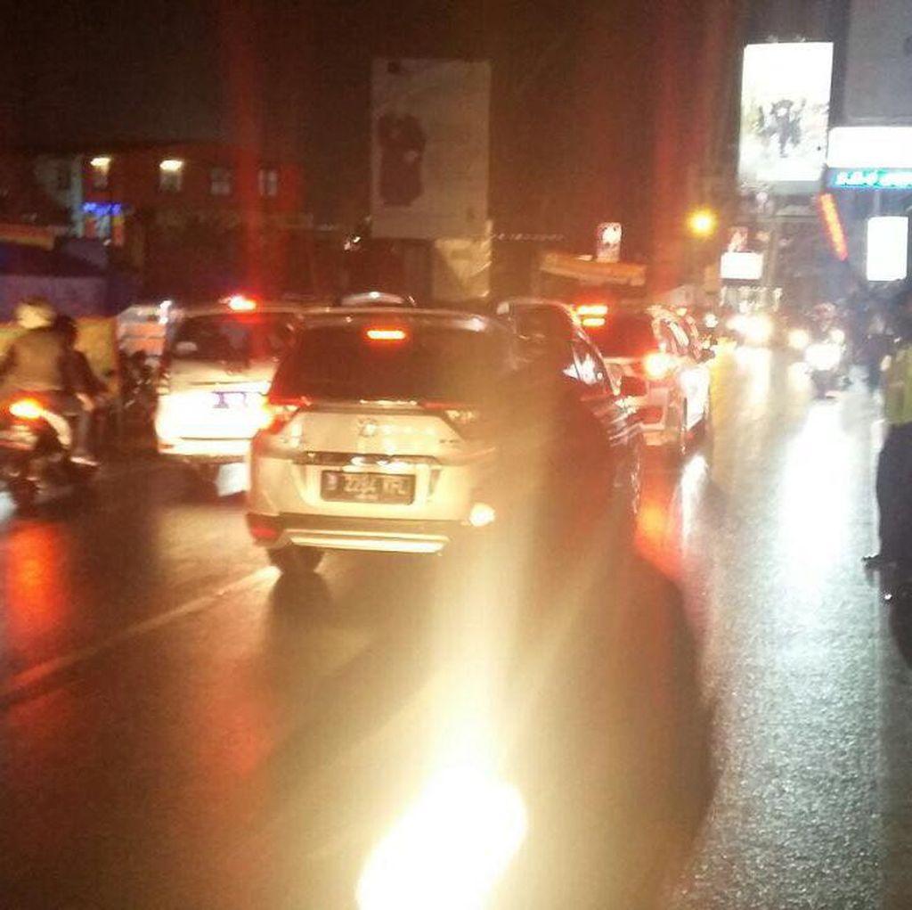 Kendaraan Padat dari Cianjur, Puncak Arah Jakarta One Way