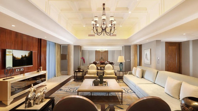 Kamar Presidential Suite (Hotel Tentrem Yogyakarta)
