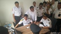 Ke Stasiun Cirebon, Menhub Cek Pemeriksaan Kesehatan Masinis