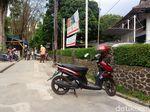 Cerita Warga Dicekik Tarif Parkir Liar yang Mahal di Bandung