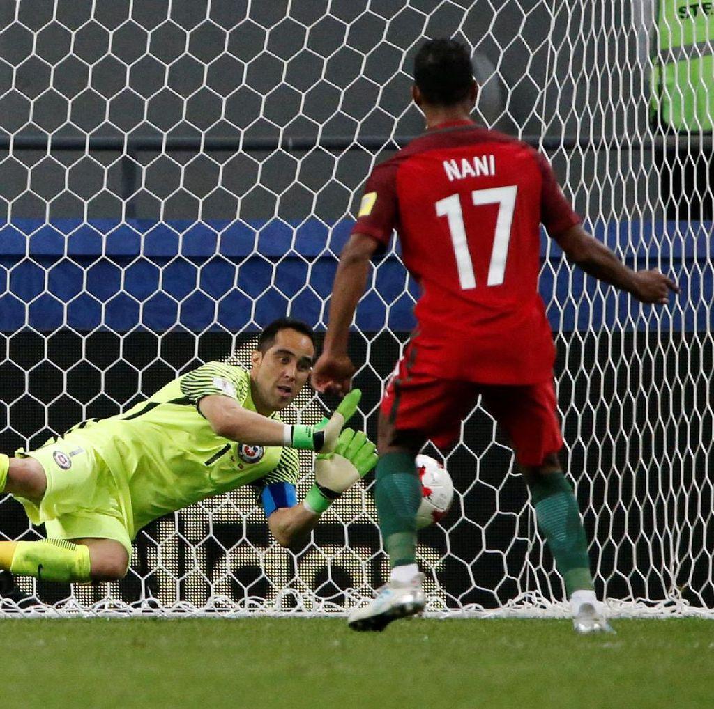 Penampilan Apik Claudio Bravo Jadi Kunci Chile ke Final