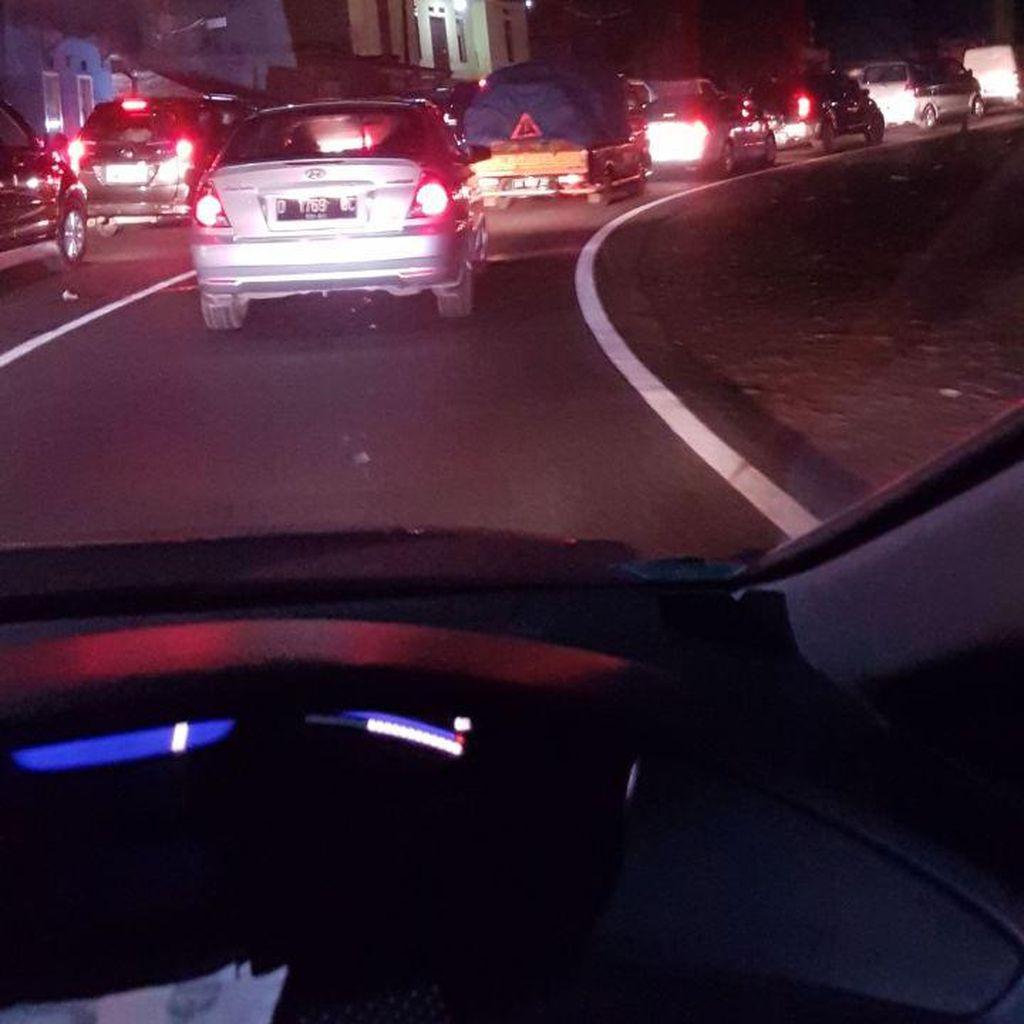 Horor Macet Nagreg, Ciamis-Bandung Ditempuh 8,5 Jam