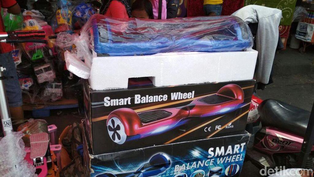 Di Pasar Gembrong Jual Hoverboard Rp 2 Juta, Berminat?