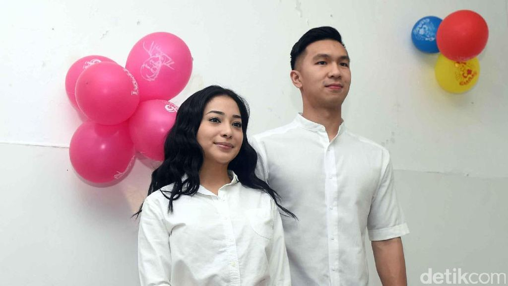 Cerita Indra Priawan yang Sering Plesiran Berdua dengan Nikita Willy