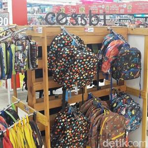 Tahun Ajaran Baru, Transmart Carrefour Gelar Promo Tas Sekolah