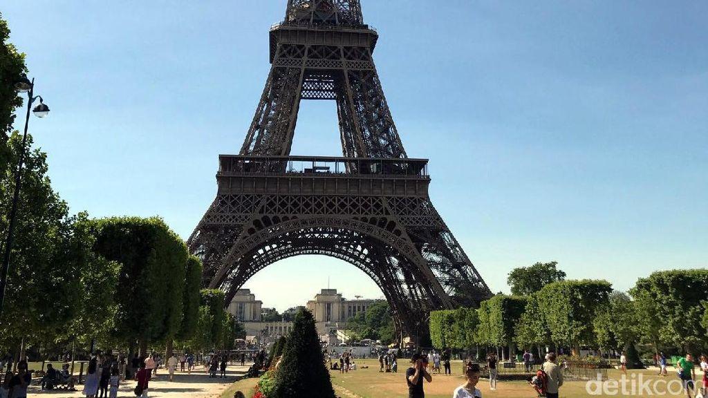 9 Hal Penting yang Perlu Kamu Tahu Saat Liburan ke Menara Eiffel