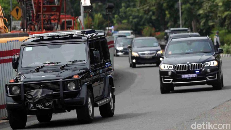 Tiba di Jakarta, Barack Obama Naik Mobil Antipeluru