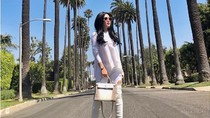 Penampilan Syahrini Pakai Tas Hermes Seharga Mobil Saat Liburan di LA