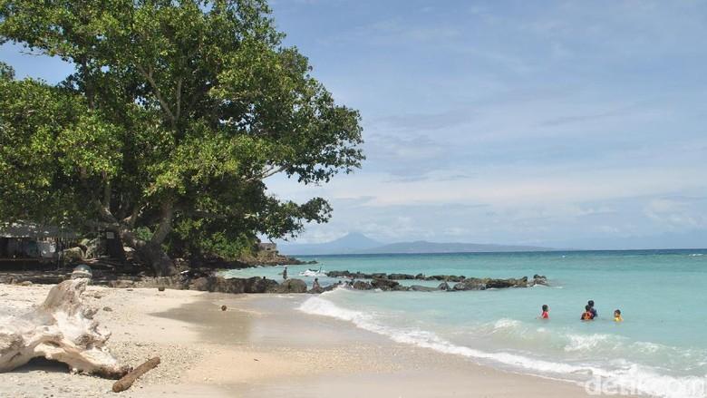 Pantai Pasir Putih Keneukai yang cantik di Sabang (Haris/detikTravel)