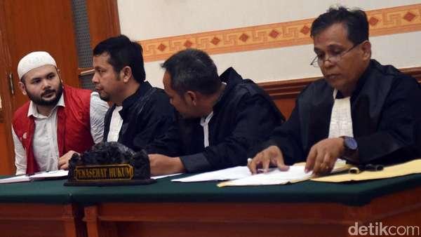 Usai Sidang Perdana, Ridho Rhoma Berharap Tak Dipenjara Lama