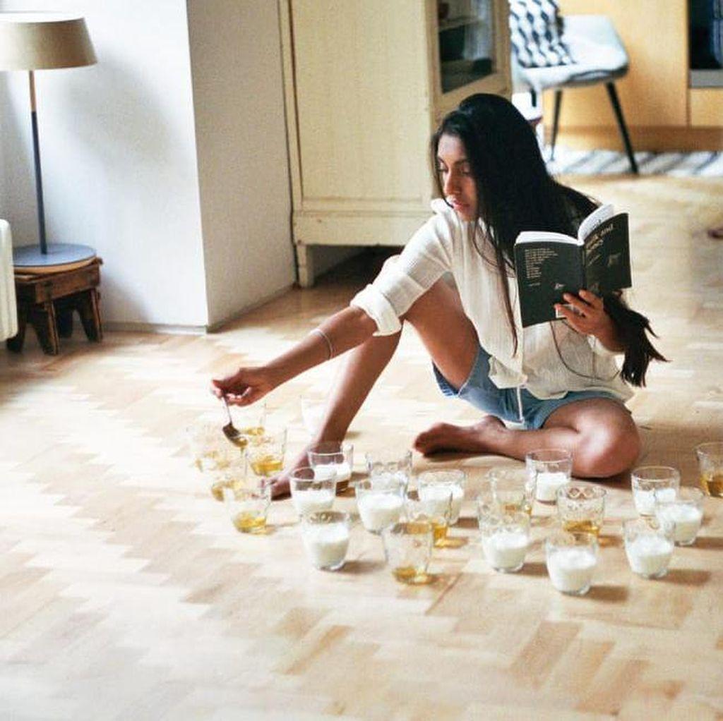 Rupi Kaur Bocorkan Bab yang Ada di Buku The Sun and Her Flowers
