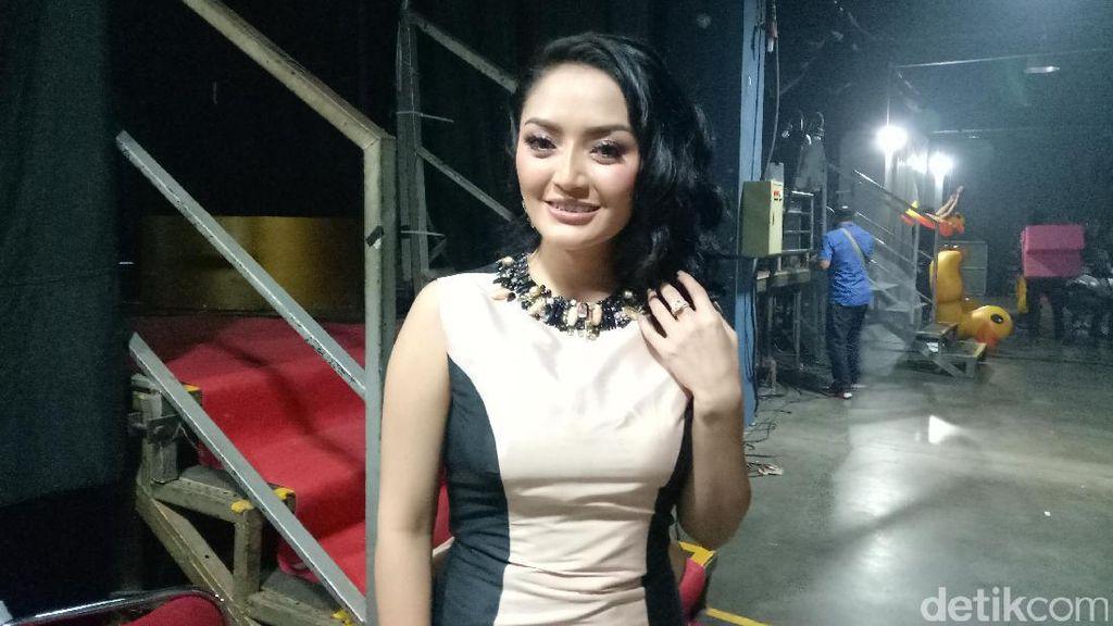 Mudik ke Bekasi, Ini Cerita Lebaran Siti Badriah