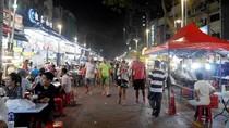 5 Alasan Kamu Wajib Coba Wisata Kuliner di Jalan Alor Kuala Lumpur