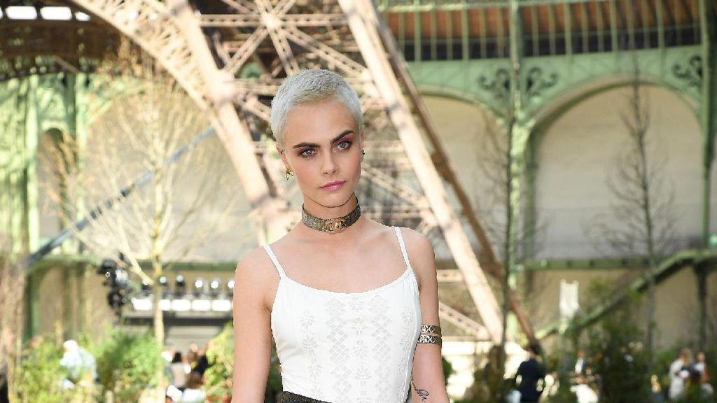 Foto: Adu Gaya 3 Seleb Cantik Berambut Cepak di Fashion Show Chanel
