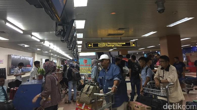 H+9 Lebaran, Arus Balik Masih Terasa di Bandara Minangkabau