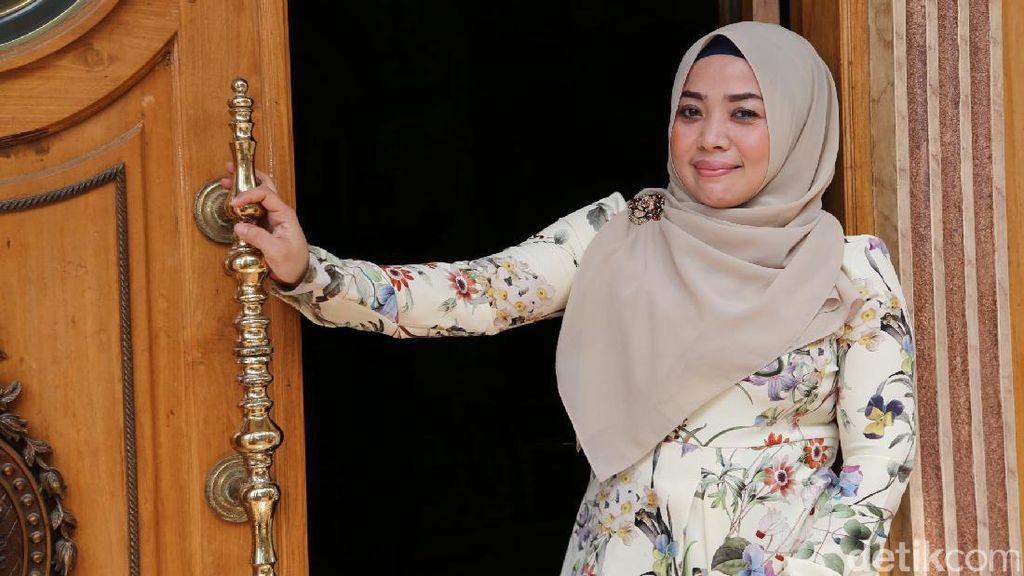 Merasa Ditipu, Muzdhalifah Akan Polisikan Khairil Anwar