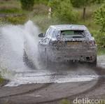 Pembuktian Terakhir SUV Jaguar Sebelum Dirilis ke Publik