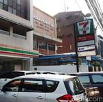 Banyak Minimarket di RI, Kok Hanya 7-Eleven yang Tutup?