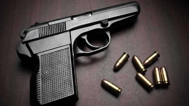 Pistol Meletus di Bandara, Ajudan Wakapolda NTT Diperiksa Propam