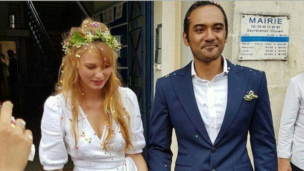 Dinikahi Ario Bayu, Aktris Prancis Valentine Payen Cantik Bergaun Putih