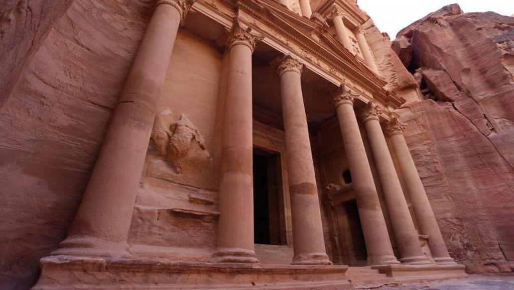 Mengagumi Petra, Keajaiban Dunia dari Yordania