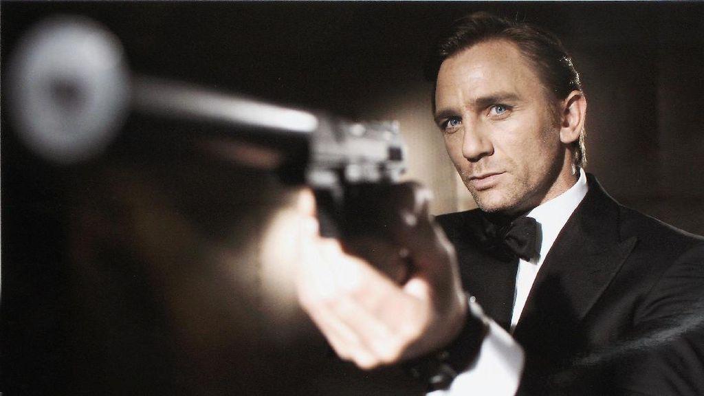 Apple dan Amazon Rebutan James Bond