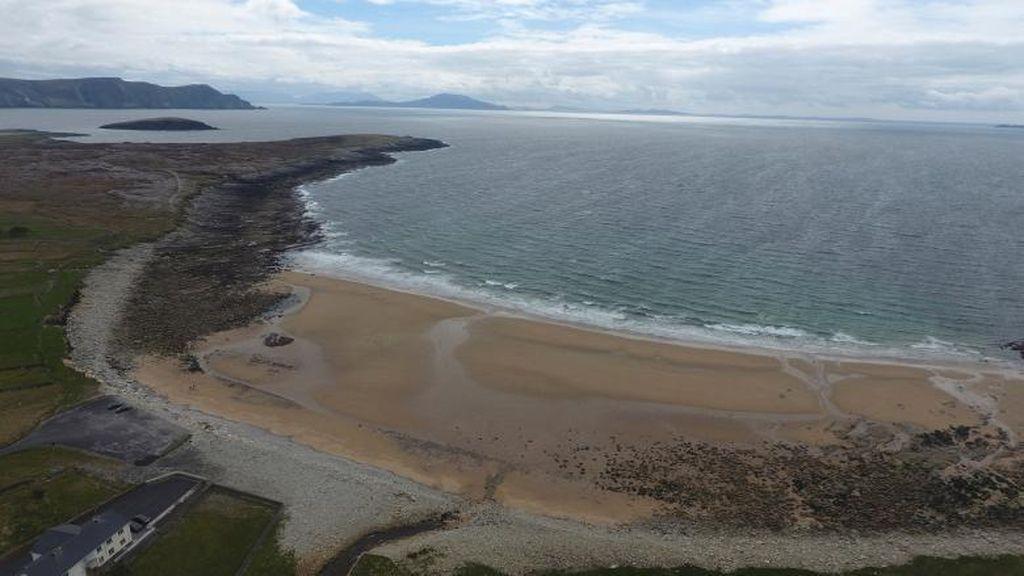 Kisah Pantai Irlandia yang Muncul Lagi, Setelah 33 Tahun Hilang