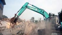 Ratusan Rumah di Bukit Duri Dihancurkan