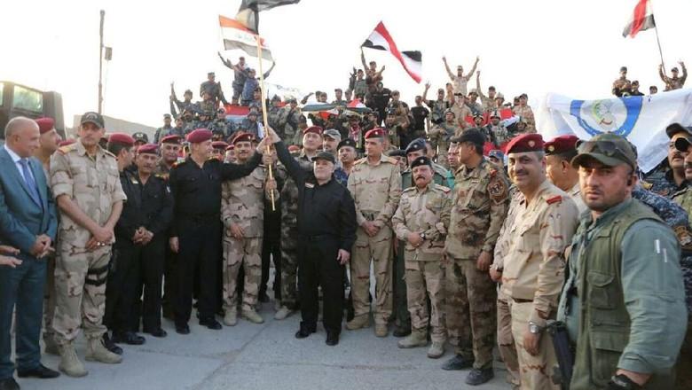 PM Abadi Resmi Umumkan Kemenangan - Jakarta Perdana Menteri Haider secara resmi mengumumkan kemenangan atas ISIS di Hal ini menandai kekalahan kelompok radikal tersebut